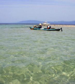 エメラルドの海を漕ぐ