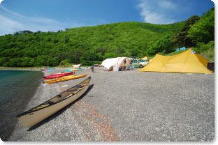 lakeside-camp